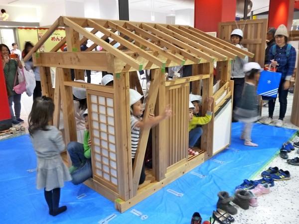 20190727_ミニチュアハウスの組み立て体験